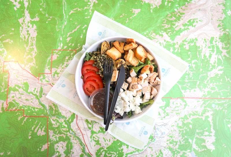 Походный шведский стол. Нарезка сыров, овощей и мяса